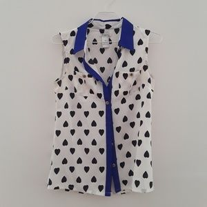 Heart Print Sleeveless Blouse